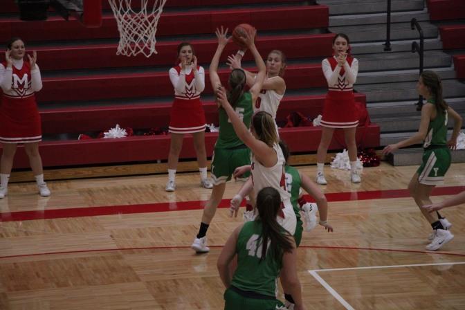 Girls Basketball Owns Home Court